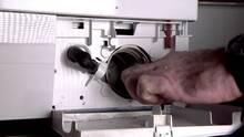 Caspers Boligtips: Hvordan renser jeg trevlesien på vaskemaskinen?
